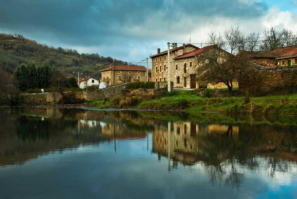 Bárcena-de-Ebro_Valderredible_LOS-VALLES
