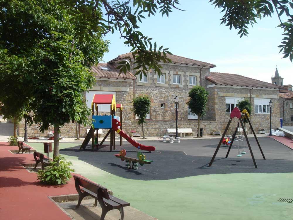 Parque Infantil de Requejo