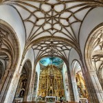 Espectacular retablo el de la Iglesia de San Sebastián de Reinosa. Atizar. Expo foto Campoo Devanado.