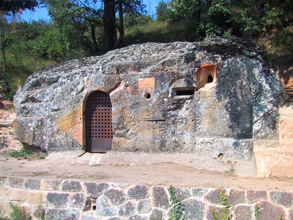 Ermita Rupestre Cadalso 2
