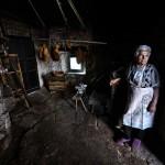 Isabel, 91 años. Campoo devanado. Acaldar.