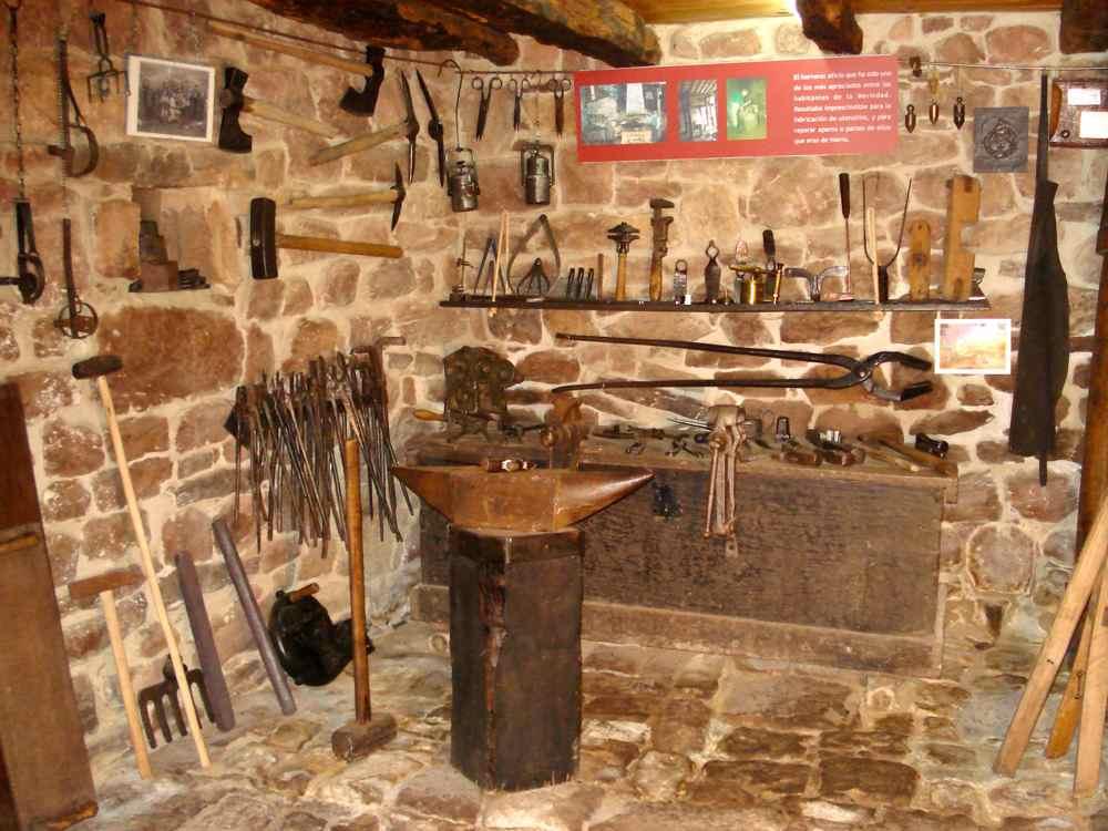 Museo Etnográfico El Pajar - Proaño