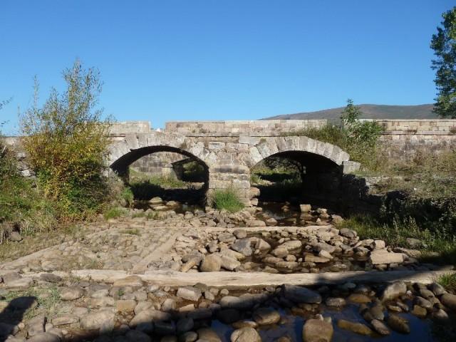 Puente histórico de la Vega o de Reinosilla