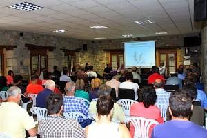 Ponencia Feria de la Miel. Foto: Vive Campoo
